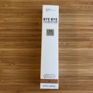 it cosmetics Makeup - NIB It Cosmetics Bye Bye Foundation